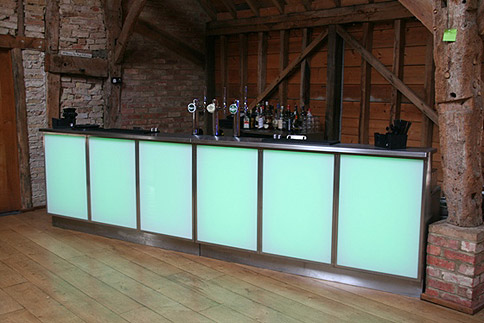 mobile bar set up in a barn – image courtesy of Nick's Mobile Bar
